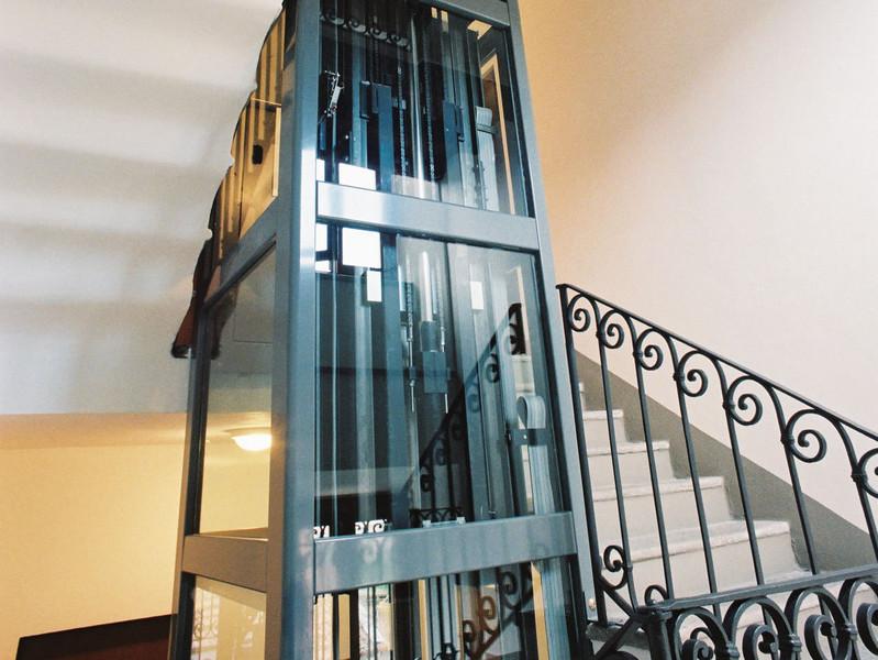 Miniascensori per case e condomini i prezzi dei mini ascensori ceteco - Quanto costa un ascensore esterno ...